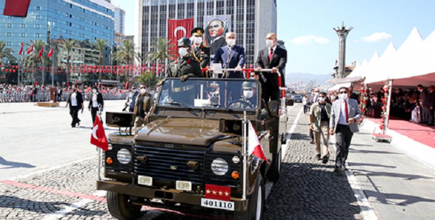 30 AĞUSTOS ZAFERİ'NİN 99. YIL DÖNÜMÜ, İZMİR'DE COŞKUYLA KUTLANDI