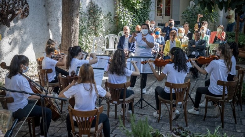 Barış Çocuk Orkestrası'na kucak açtı