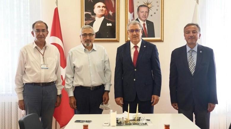 Türk bilim insanı tersine beyin göçü ile ABD'den Ege'ye geldi